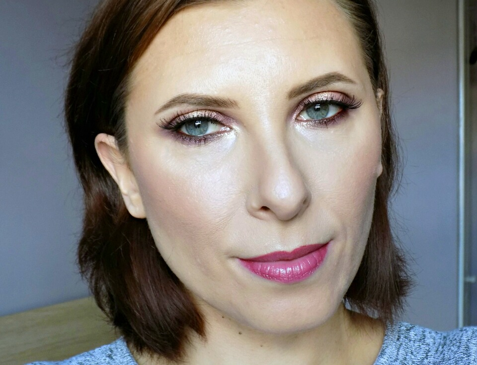 Makeup look: soft romantic eyes using Sleek Goodnight Sweetheart palette