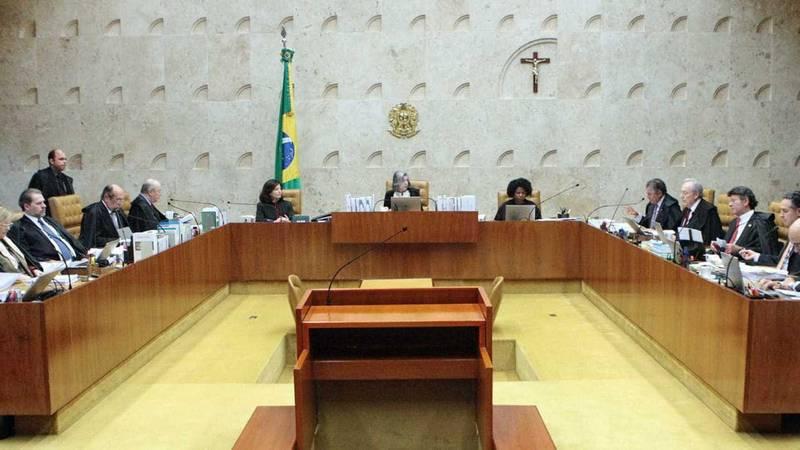 Prisão de Lula contraria decisão do próprio TRF-4 — Defesa