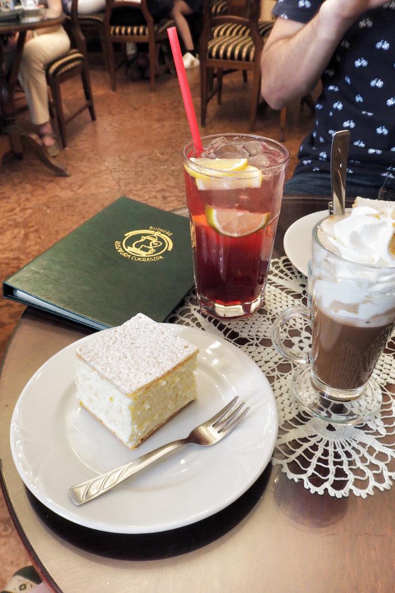 Salon de thé à Budapest : Ruszwurm cukrászda