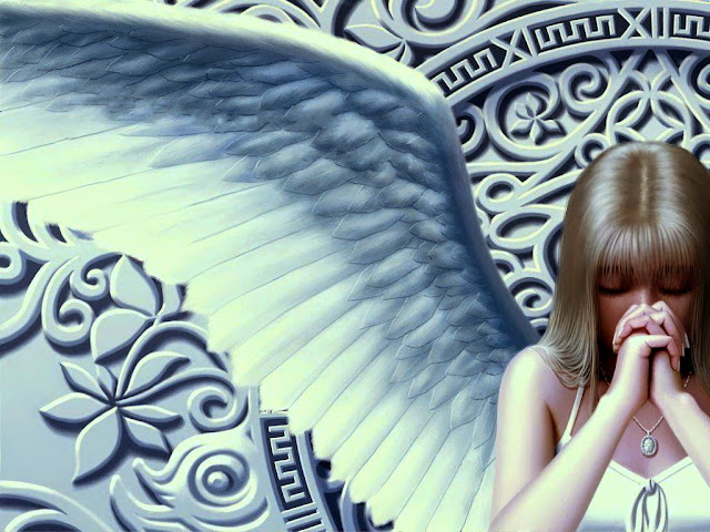 Dreamy Girl with Wing Wallpaper