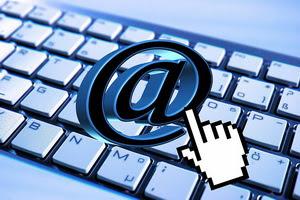 perkembangan,sejarah,email