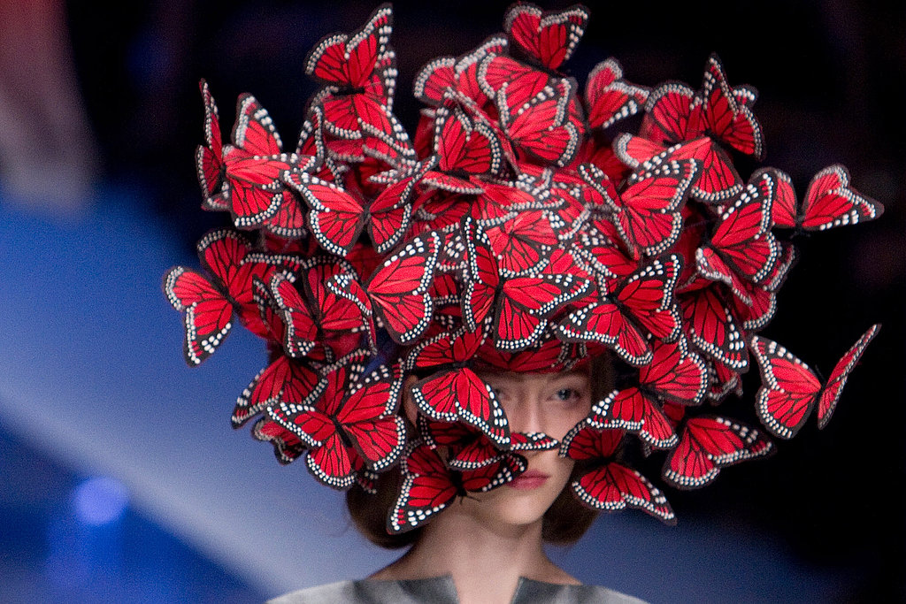 5e4270fd52e At the Alexander McQueen 2007 fashionshow is a model presenting his hat  design with butterflies. What an artistic and creative design! For more hat  ...