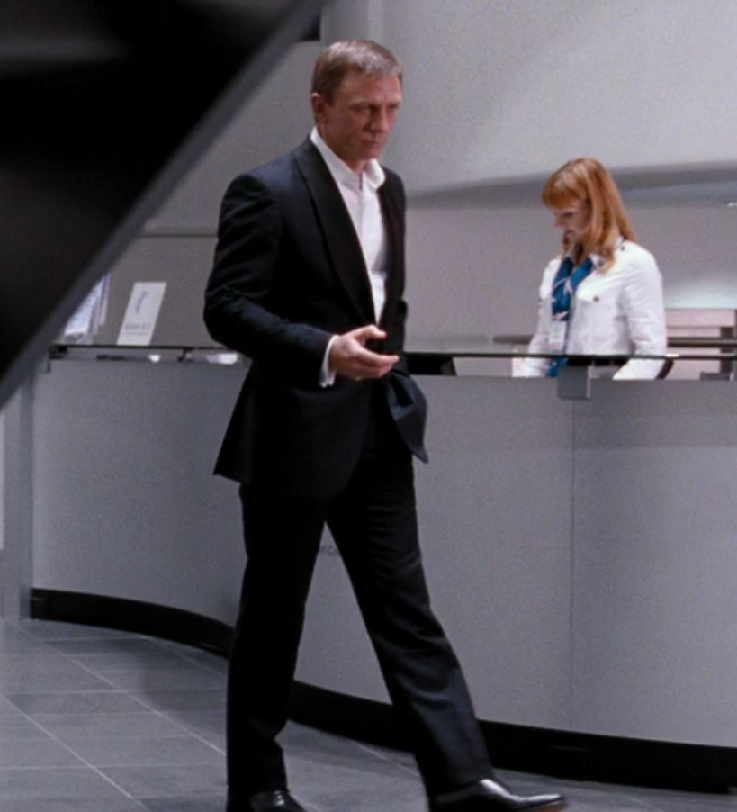 A Familiar Dinner Suit In Quantum Of Solace The Suits Of