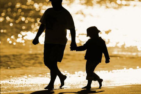 1001 bài thơ tiếc thương về người cha đã mất ý nghĩa & xúc động