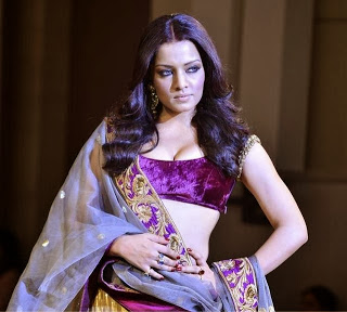 Super Model Celina jaitley At Manish Malhotra's Mijwan Fashion Show
