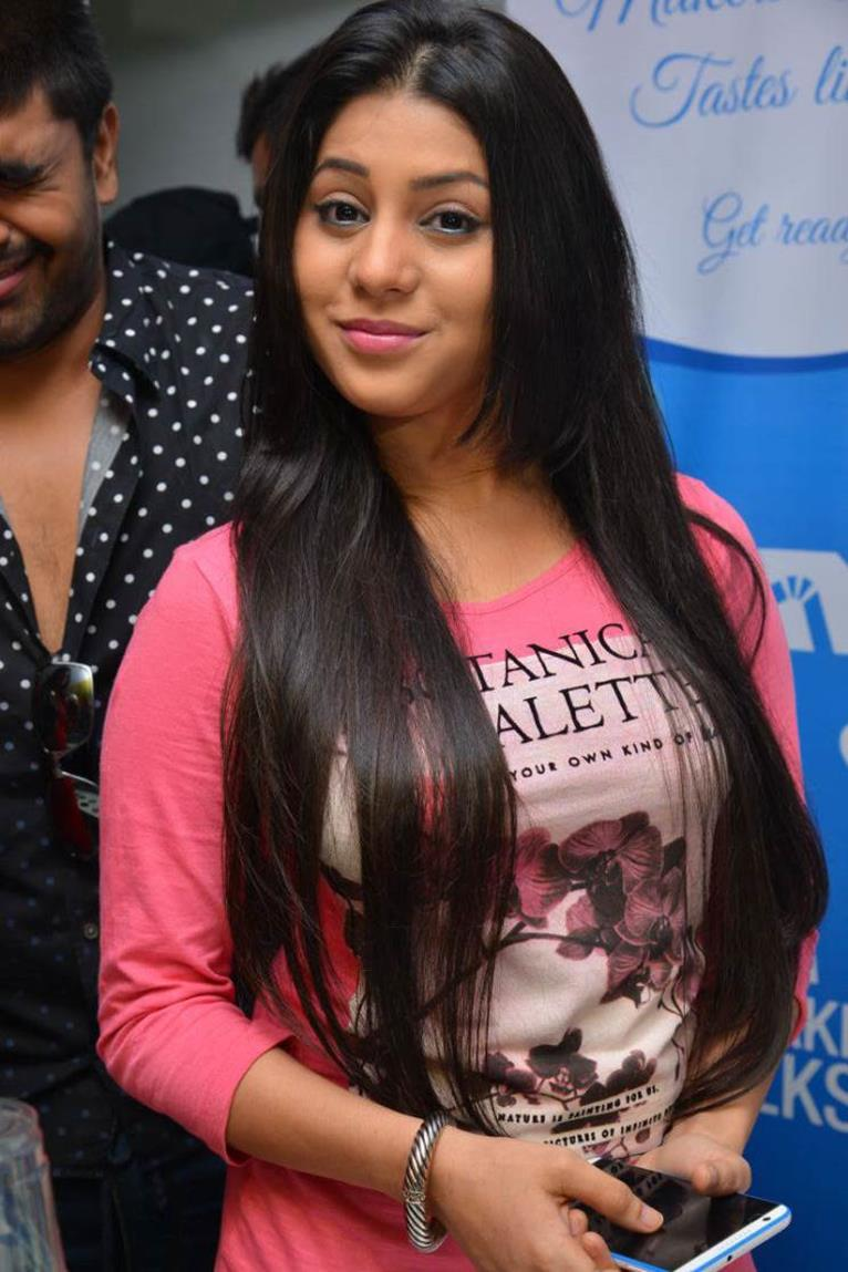 Telugu Actress Hamida Latest Photos