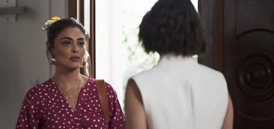Maria da Paz (Juliana Paes) colocará Josiane (Agatha Moreira) para vender bolo nas ruas em A Dona do Pedaço
