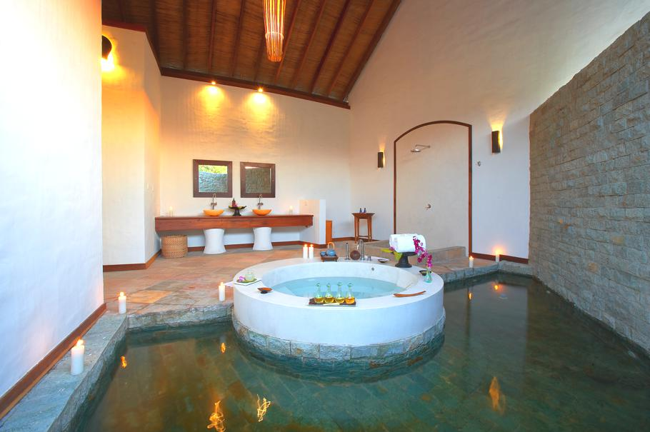 Luxury Bathrooms Spa: Passion For Luxury : Luxury Island Hideaway, Maldives