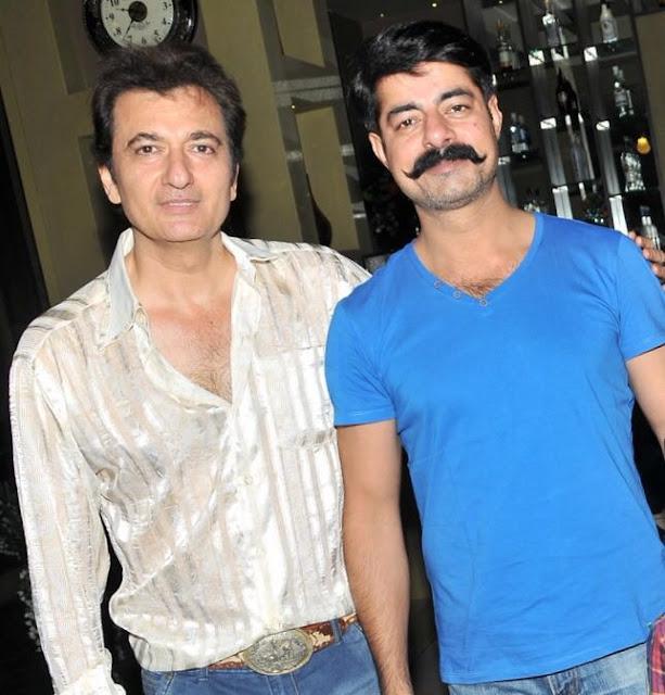 Avinash Wadhawan with Sushant Singh