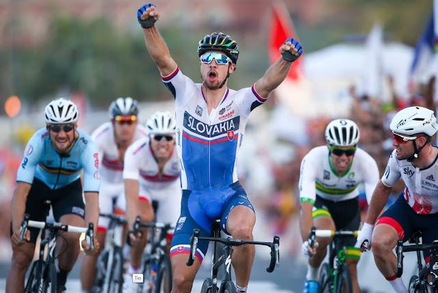 Peter sagan kembali menjadi juara dunia di ajang balapan UCI Elite men World Champion 2016