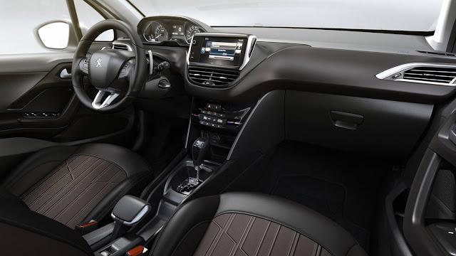 Peugeot 2008 2017 Crossway Automático - interior