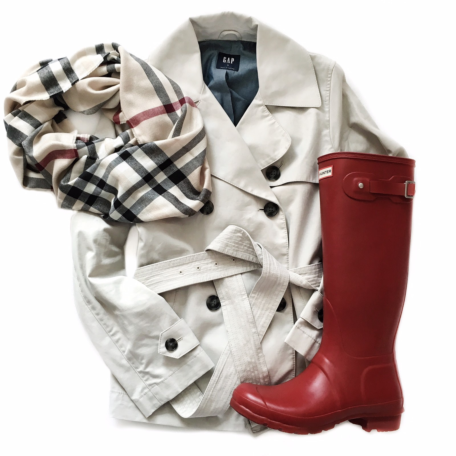 Gap Cropped Trench Coat, Red Hunter Boots & Plaid Scarf