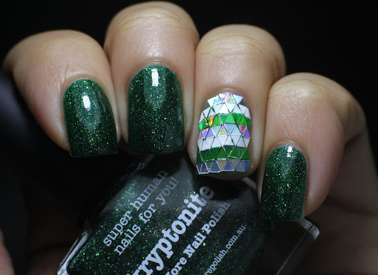 nail loopy: PICTURE POLISH KRYPTONITE & GLITTER PLACEMENT