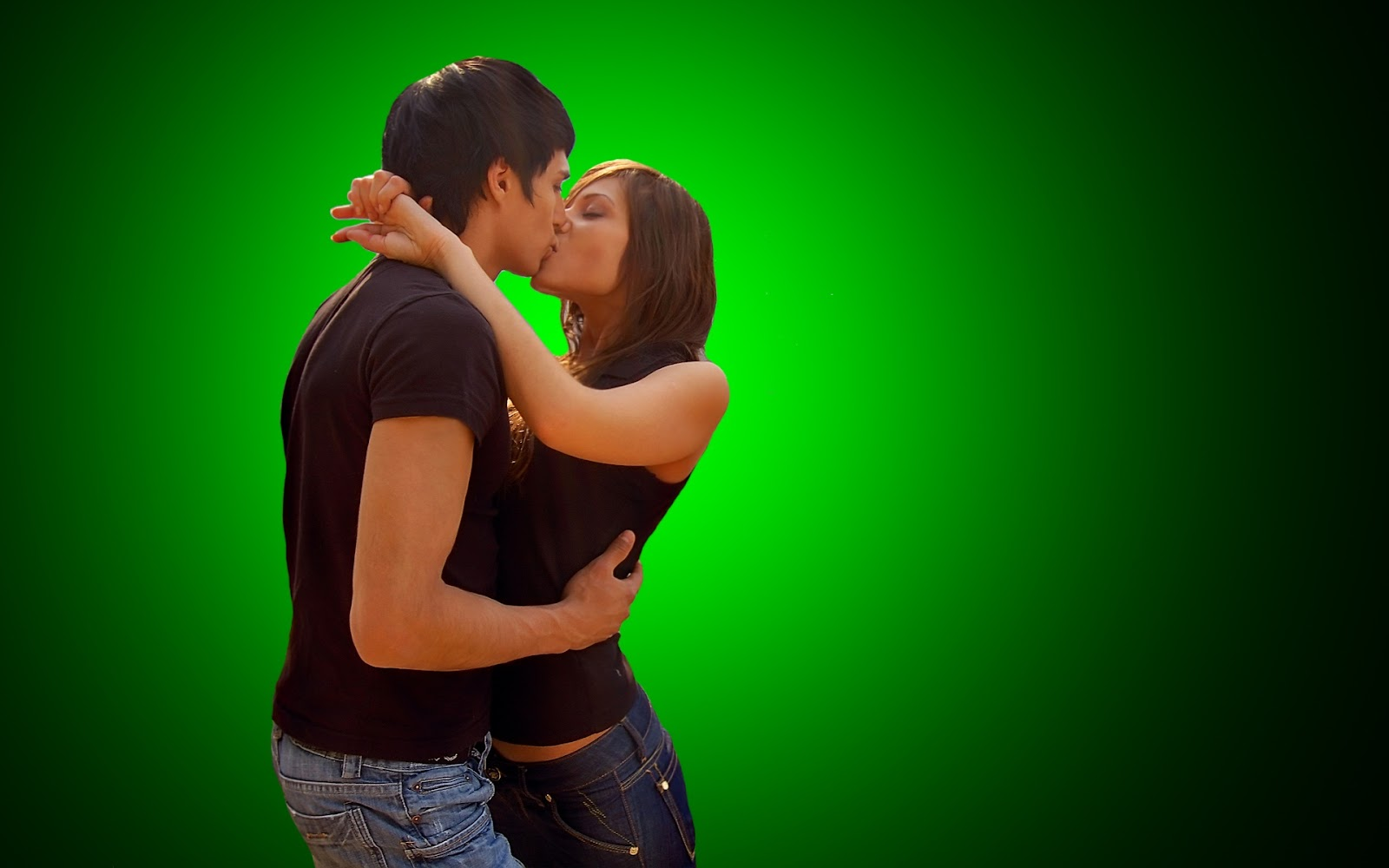 Hot Couple Kissing 1080P Hd Wallpapers  Images  Hd -9532