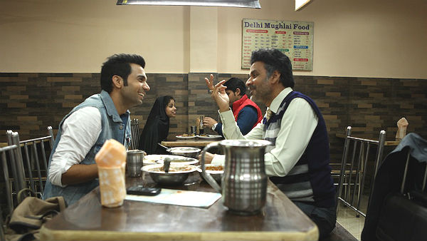 Manoj Bajpayee and Rajkummar Rao in Aligarh, Restaurant Scene, Directed by Hansal Mehta