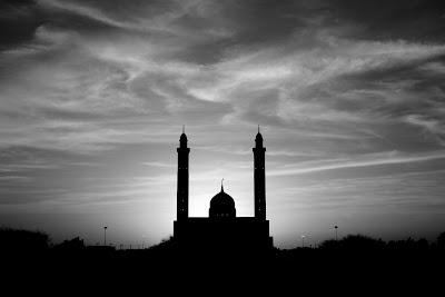 Arabic Songs: Kadim Al-Sahir & Al-Yawm Haneeni