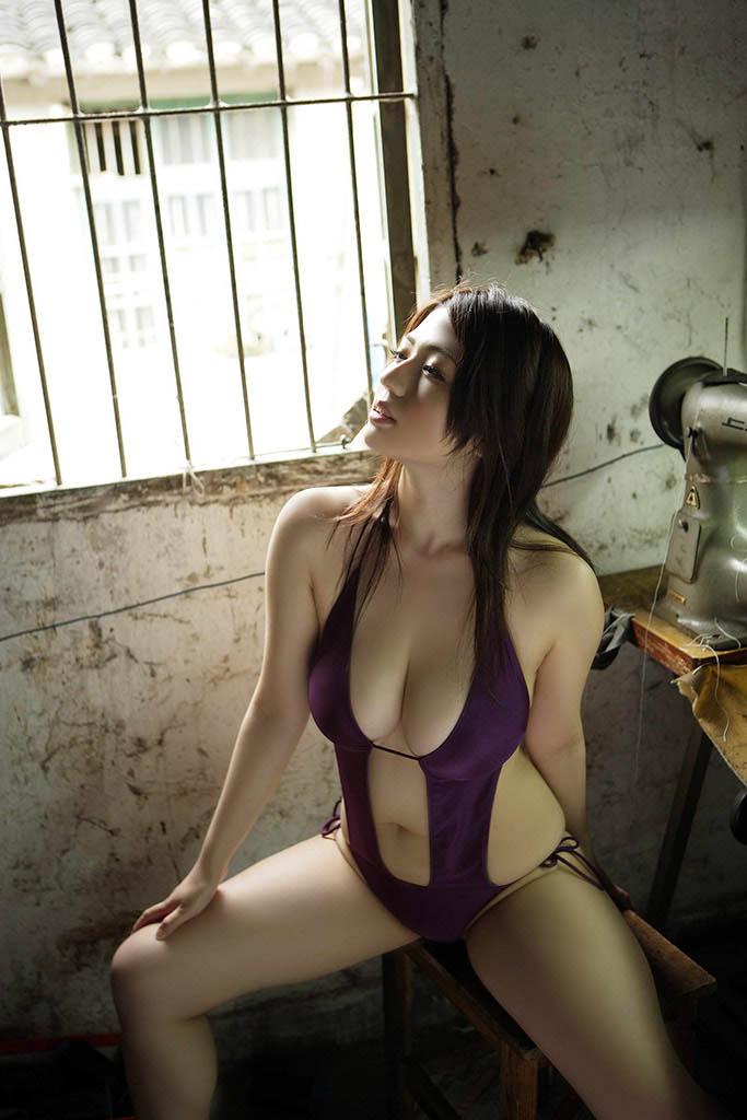 nonami takizawa sexy bikini pics