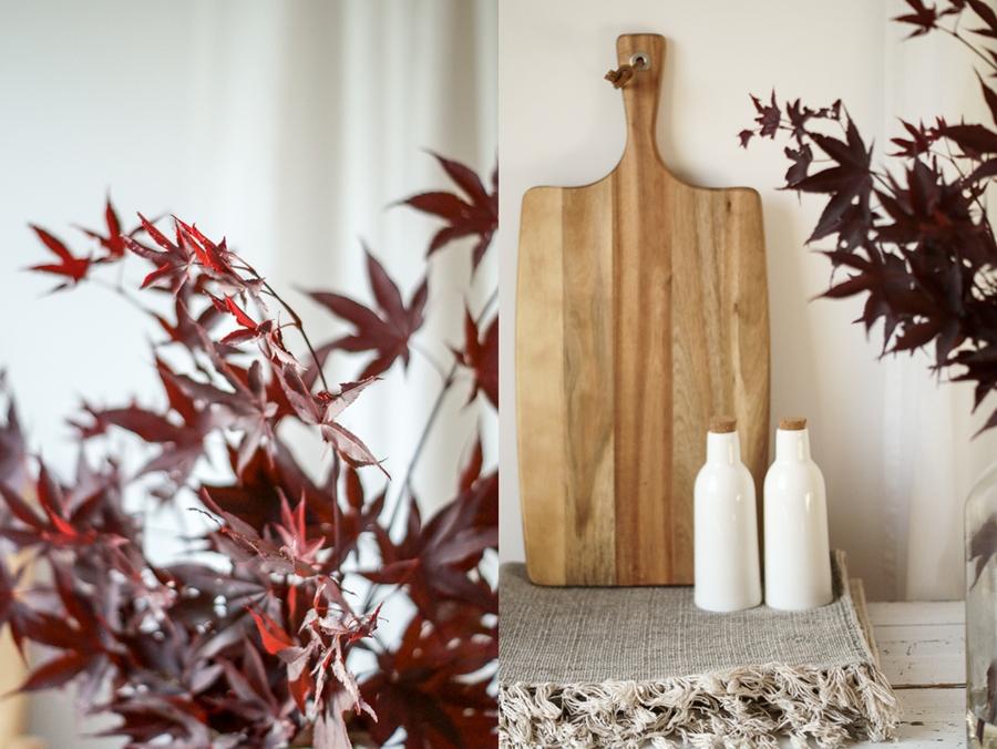 Blog + Fotografie by it's me! | fim.works | Japanischer roter Ahorn in der Vase, nicht am Baum | Collage von Ahorn und Deko