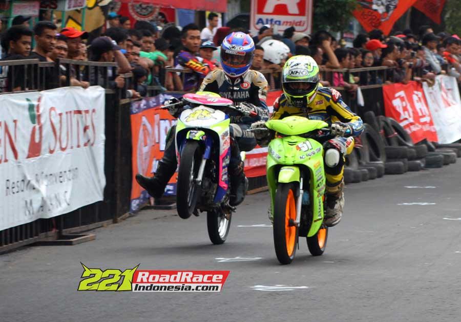Hasil GM FKKPI Road Race Malang 2015, Pembalap Dari Bocah SD Sampai Kakek-Kakek 70 Tahun Pun Ikut Andil