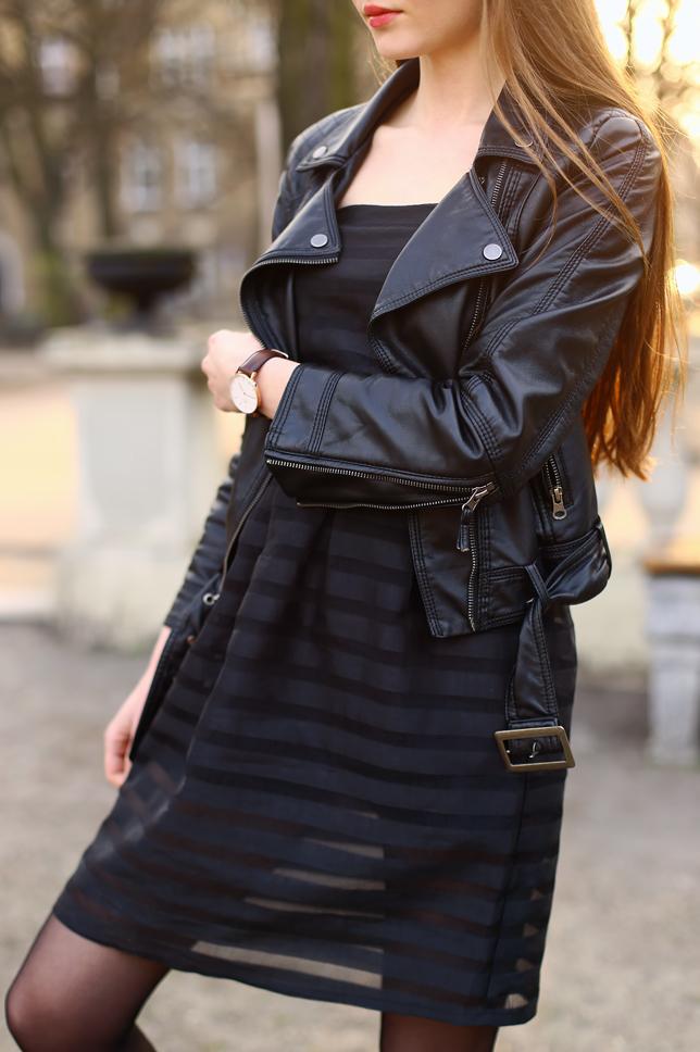 47e5dd6c70c62f Ramoneska, czarna sukienka w paski i skórzany zegarek | Ari-Maj ...