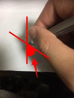 切り絵で円を切り抜くコツ