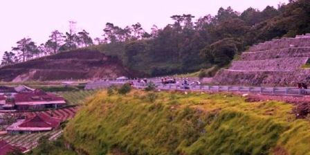 Permalink ke 10 Objek Wisata Alam di Jawa Tengah Paling Terkenal