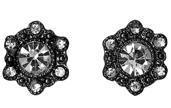 http://www.pilgrim.dk/shop/categories/earrings/611413003family/c-24/c-38500/p-14833