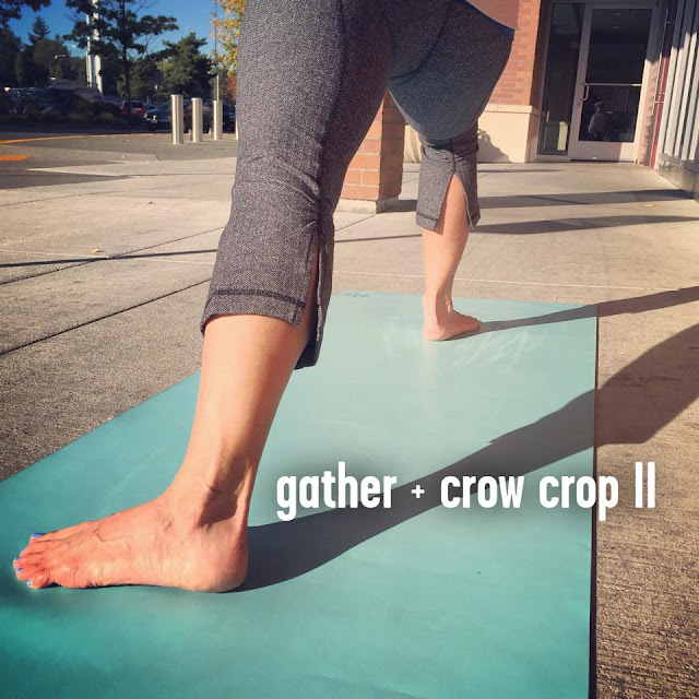 lululemon  herringbone-gather-and-crow-crop