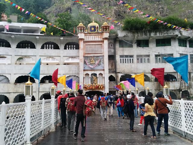 manikaran Temple