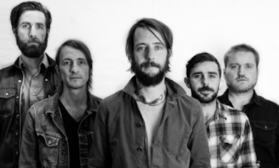 """Lirik Lagu Band of Horses - The Funeral"""