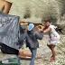 [VÍDEO]Casal usuários de crack são flagrados brigando no centro do Rio de Janeiro
