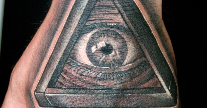 Cosafina Tattoo Carlos Art Studio Tatuaje Mano Iluminati Ojo