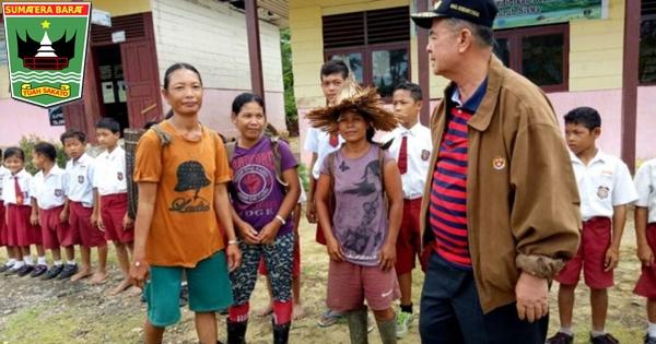Kagumi Perjuangan Durma Erni, Wagub Nasrul Abit: Anak-anak Mentawai Mesti Bersekolah