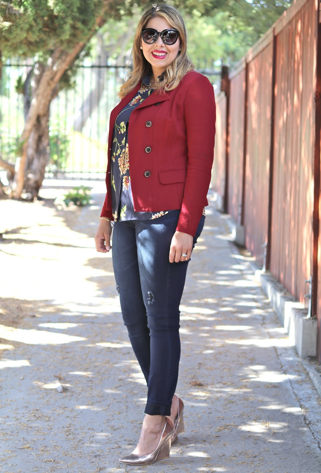 what to wear this fall, fall chic outfit, socal fashion blogger, latina fashion blogger, fall florals