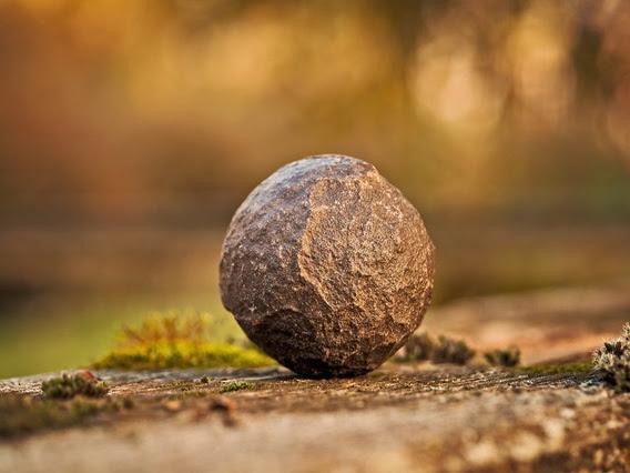 Andai Kamu Lahir dari Batu
