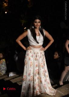Actress Pooja Hegde New Pos at LFW Summer 2017  0003.jpg