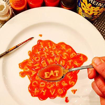 Un plato de sopa de letras.