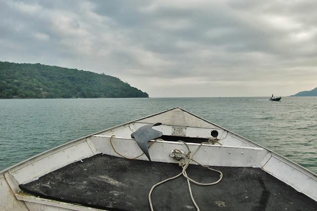 Volta de barco após a trilha das 7 praias desertas de Ubatuba