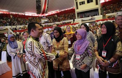 Presiden Jokowi Serahkan 3000 Sertifikat Bagi Masyarakat Lampung, Gubernur Ridho Pesan Agar Tingkatkan Produktivitas Tanah