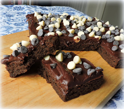 Oreo Hot Choc Brownies
