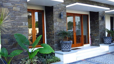 Model Dinding Teras Rumah Minimalis 2019 Dengan Pesona Batu Alam Yang Lebih Natural Dan Alami