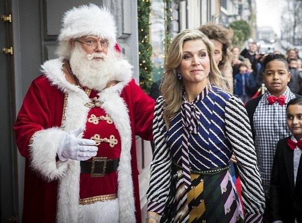 Dutch Queen Maxima wore Mary Katrantzou Printed Crepe de Chine Maxi Dress