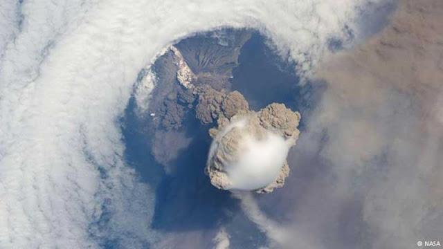 Dormant-volcanoes-are-awake-when-awake