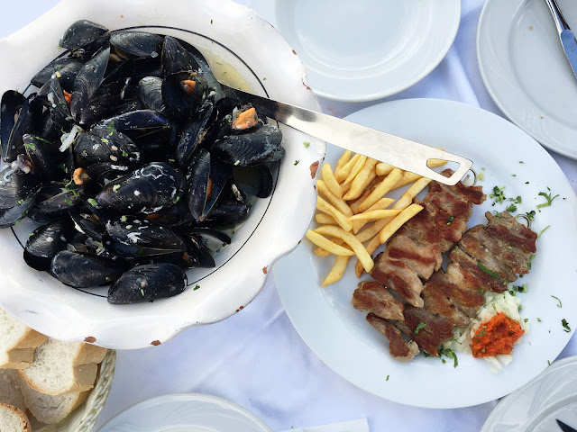 Jadran Kod Krsta: Mussels Buzara and Chicken Kebab with Fries on the side