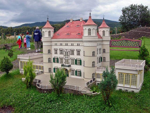Dolny Śląsk, miniatury, pałace