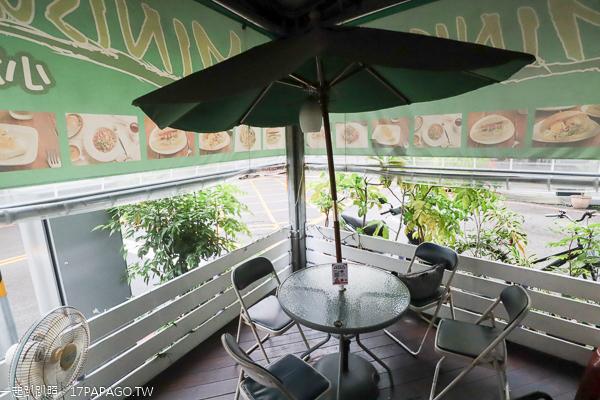 台中南區|小潛艇養生蔬食創意料理|套餐還可續2次濃湯飲料|興大商圈素食美食
