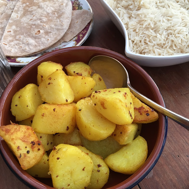 Indian bread, rice and potatoes
