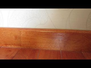 Len tường gỗ cao su - màu gõ đỏ