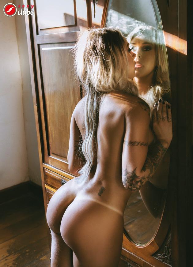 Naked hidden camera videos