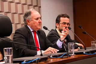 Cristovam faz duras críticas à Rollemberg e a Câmara Legislativa
